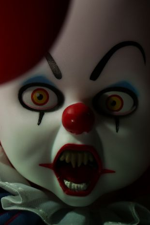 Living Dead Dolls: Pennywise