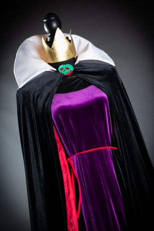 Evil Queen Snow White Costume Hire - Disney Evil Queen Costume- Little Shop of Horrors Costumery - Costume Hire Shop - Mornington Frankston Melboune Victoria Australia- Halloween- Melbourne Comic-Con- Disney Theme Party