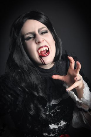 Willemana - Victorian Vamppire Costume - Little Shop of Horrors Costumery - Costume Hire Shop - Mornington Frankston
